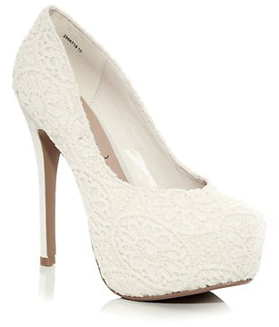 white pump heel shoe